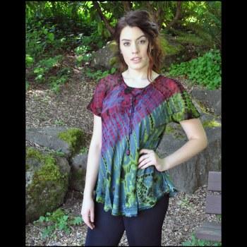 Tie Dye Lace Up Top Rd/Grn