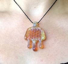 Passion Honeycomb Drip Pendant