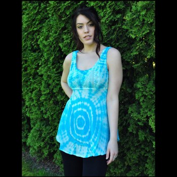 V Neck Tie Dye Top Blue
