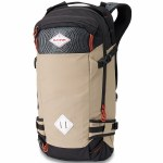 Dakine Team Poacher Backpack-Elias Elhardt-22