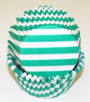"1-1/4""X2"" Stripe Green Baking Cups 500 Count"