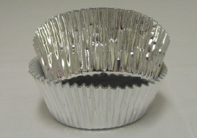 """1-1/8"""" X 2"""" Silver Baking Cup 500 Count"""