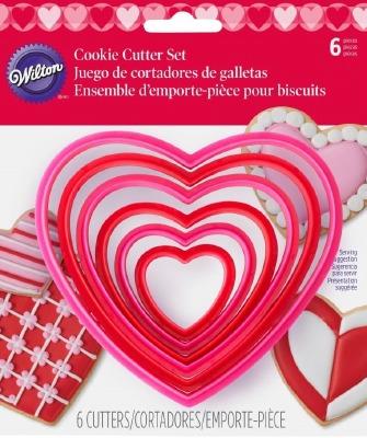 6-PC Heart Plastic CC Set