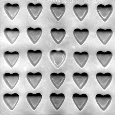 """Flex Mold 1"""" Heart (25)"""