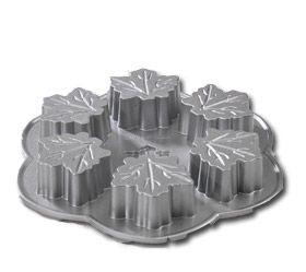 Maple Leaf Cake Pan (6)