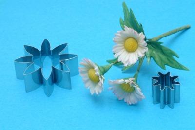 PME 8 Petal Daisy Small Set 2