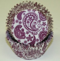 "1-1/4""X2"" Paisley Burgundy and White Baking Cups 500 Count"
