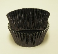 "1-1/8"" X 2"" Black Foil Baking Cup 500 Count"