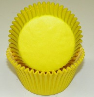 "1-7/8""X2.5"" Muffin Cups Yellow"