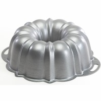 12 Cup Heavyweight Bundt Pan