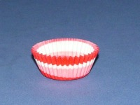 "3/4"" X 1-3/8"" Red Swirl Baking Cups 500 Count"