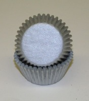 "3/4"" X 1-3/8"" Silver Mini Baking Cups 500 Count"