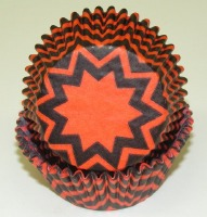 "1.25"" X 2"" Chevron Orange and Black Baking Cups 500 Count"