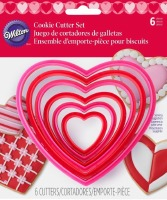 6-PC Heart Plastic CC Set
