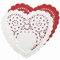 "6"" Red/White Asst. Doilies 12"
