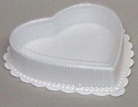 8 OZ Plastic Heart Box White
