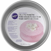 "Wilton Decorator Preferred 6""X3"" Round Pan"