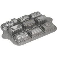 Locomotive Train Pan 9-Cup