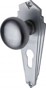Heritage Broadway BR1848 Knobs Euro Profile Satin Chrome