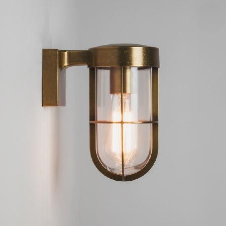 Cabin Wall Light 7559 Antique Brass