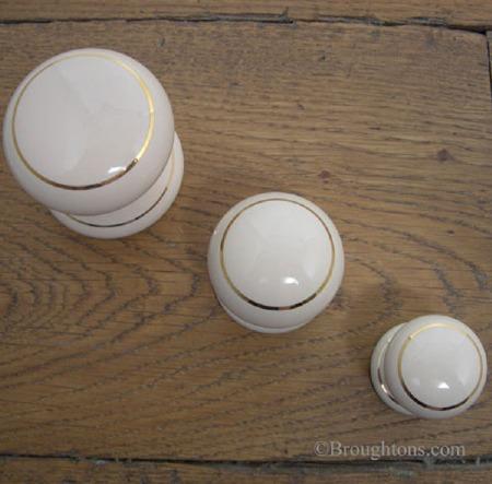 Porcelain Cupboard Door Knob Cream Goldline