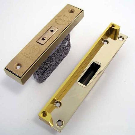Broughtons Deadlock Rebate Kit Polished Brass