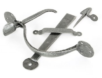 From The Anvil Heavy Bean Thumb Latch For Large Doors Pewter