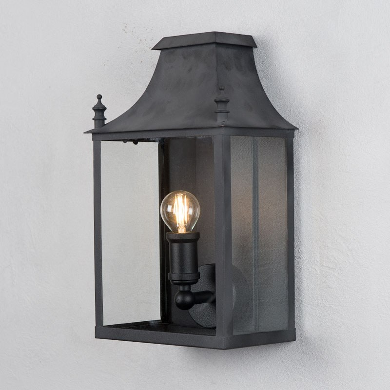 Blenheim Coach Lamp Small Black