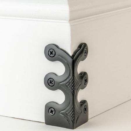 Skiffer Skirting Board Corner Protector Black 75mm