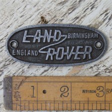 LAND ROVER Logo/Badge Waxed Cast Iron