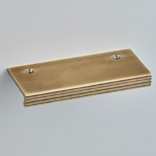Croft 1403 Pleated Top Fix Cabinet Edge Pull Light Antique Brass 100m
