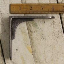 "Sheffield 4"" Cast Iron Bracket Waxed Iron"