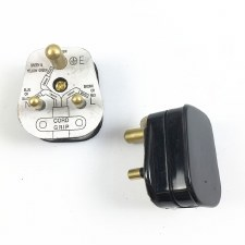 5 Amp Plug Black - Lighting Circuits