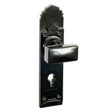 Bakelite Tee Door Knobs on Palais Lockplates Black