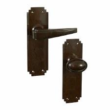 Bakelite Plaza Door Handle & Stepped Oval Knob Set on Deco Latchplates Walnut
