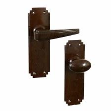 Bakelite Plaza Door Handle & Smooth Oval Knob Set on Deco Latchplates Walnut