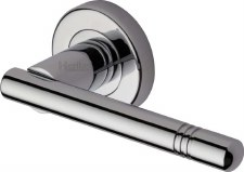 Heritage Alicia Round Rose Door Handles V2100 Polished Chrome