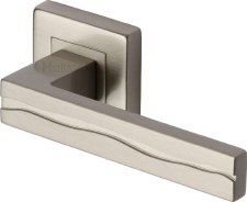 Heritage Amazon Square Rose Door Handles SQ5440 Satin Nickel