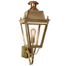 Balmoral Wall Lantern Polished Brass Unlacquered