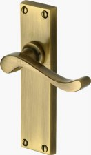 Heritage Bedford Latch Door Handles V803 Antique Brass Lacquered
