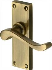 Heritage Bedford Short Plate Door Handles V800 Antique Brass Lacquered