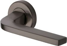 Heritage Bellagio Rnd Rose Door Handles V2015 Matt Bronze Lacq