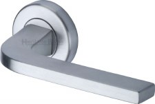 Heritage Bellagio Rnd Rose Door Handles V2015 Satin Chrome