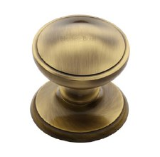 Heritage V900 Centre Door Knob Antique Brass Lacquered