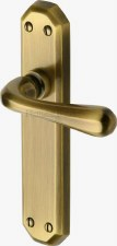 Heritage Charlbury Latch Door Handles V7060 Antique Brass Lacquered
