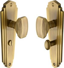 Heritage Charlston Door Knobs Bathroom Set CHA1930 Antique Brass Lacq