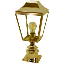 Knightsbridge Outdoor Pillar Lamp Short Polished Brass