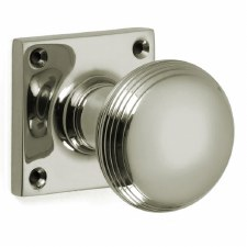Croft 6347 Reeded Cushion Bun Door Knobs Polished Nickel