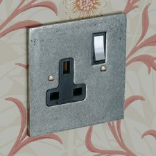 Pewter Switched Socket 1 Gang