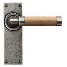 Finesse Milton Door Latch Handles FD139 Pewter & Oak